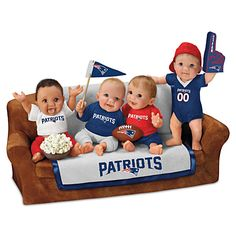New England Patriots Couch Potatoes Sculpture