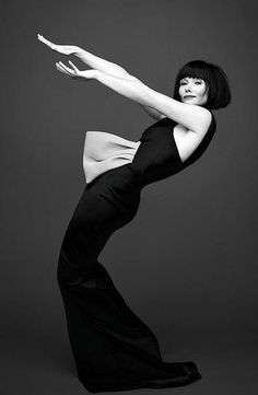 Essie Davis (Miss Fisher's Murder Mysteries) wears Toni Maticevski dress.