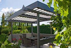 Terrassenüberdachung ist auch freistehend im Garten möglich.