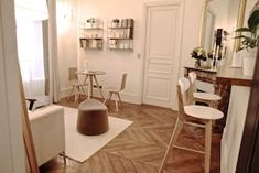 Marais designer 1BR, close to everything, up to 4 guest - Saint-Gervais Paris Airbnb, King Bedroom, Washer And Dryer, Dining Area, Everything, Design, Washing And Drying Machine
