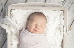 Una mamá primeriza puede no saber por qué sonríe el bebé, pero sabrá para siempre que ver su sonrisa por primera vez es uno de los momentos mágicos de la maternidad.
