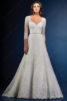 Vintage A Line Sweetheart Open Back Lace Wedding Dress with  Three Quarter Sleeves