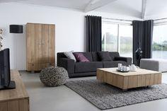 strakke woonkamer licht grijze bank - Google zoeken