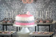 PINK AND GRAY BABY SHOWER/Pink-Grey-Dessert-table-babyshower-ballerina