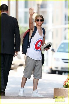 Niall in Atlanta (June 2012)