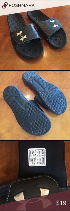 Mens Sandals Shoes Under Armour Size 11 Mens Under Armour Slides Sandals Size 11. Black in great condition. Velcro strap for perfect fit. Super comfortable slide. Under Armour Shoes