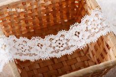 http://minglinlace.com/購物/蕾絲素材/明林蕾絲小天馬拉雪兒蕾絲條碼古典花款有彈性蕾絲手作素材米白色