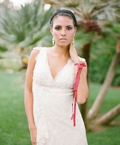 2014 Bridal Horoscopes – Scorpio | Hearts Aflutter by Flutter Magazine // Photo by KT Merry