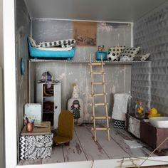 Miniature loft