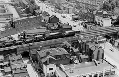 The London Bridge rail line, over 40 years ago, where it crosses the Old Kent Road junction with Ilderton Road. This section of track is between South Bermondsey and Queens Road Stations. South London, Old London, Bermondsey London, Elephant And Castle, Georgian House, London History, London Bridge, London Photos, Places Of Interest