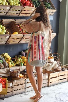 Kimono: Hippie Massa (AQUÏ). Top: Mango. Shorts: Pull&Bear (old). Sandalias/sandals: Pull&Bear (old). Collar/necklace: Monisqui (AQUÍ). Bolso/handbag: Ibiza (Cala Comte).ba
