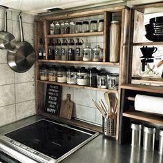 yupinokoさんの、Kitchen,ダイソー,IKEA,DIY,ニトリ,セリア,インダストリアル,見せる収納,男前,調味料ボトル,IH周り,調味料ラックDIYについての部屋写真