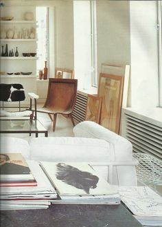 "Mats Gustafson's New York; Marie Claire Maison, March 1993     image taken from the ""L'art de vivre à New York"" by S.Siesin, S. Cliff, D. Rozensztroch and G. de Chabaneix."