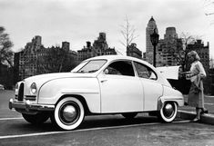 SAAB 93. Saab 93 was manufactured as model year 1956 to 1960. As of model year 1958 was the covering 93 B. The big news was then the arched front window that was undivided. 1960 model year called 93 F, where F was the front-hinged doors.  Engine: One is located along the three-cylinder two-stroke engine of 38 hp.