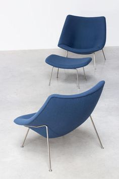 Paulin Pierre Oyster F159 pair of lounge chairs with ottoman Artifort - furniture-love.com