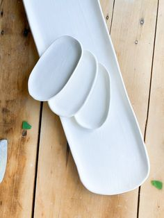 Hand Painted Flower Dish Workshop: Friday October 15th, 7pm-9pm