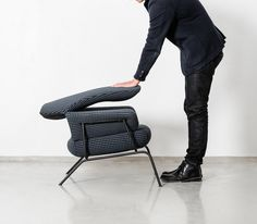 The backrest of Hai Chair collapses, enabling the chair to be shipped at half-size | Hem