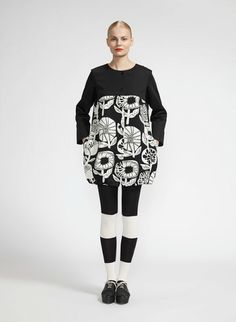 Evinka by Marimekko Crazy Outfits, Fall Outfits, Fashion Outfits, Marimekko Dress, She Walks In Beauty, Light Jacket, Textile Design, What To Wear, How To Look Better