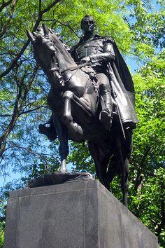 NYC - Central Park: Bolívar Plaza - Simón Bolívar Statue by wallyg, via Flickr