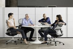 Traversing The Generation Gap In Work Places | JobCluster.com Blog