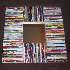 Make a Rolled Paper Wreath Newspaper Frame, Newspaper Crafts, Recycled Magazines, Recycled Crafts, Diy Crafts, Rolled Magazine Art, Diy Projects To Try, Craft Projects, Rolled Paper Art