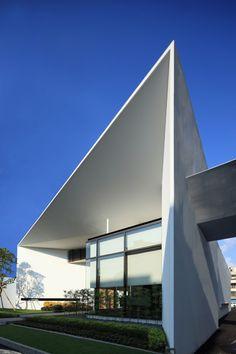 Casa De Flore by Arcadian Architecture Design