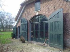 Barn Windows, Garage Door Windows, House Doors, Porte Cochere, Door Design, Exterior Design, House Design, Barn Style House Plans, Eco Construction