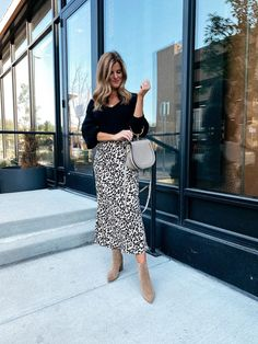 3 Transitional Outfit Ideas • BrightonTheDay #outfitideas #style #ootd Trendy Outfits, Fall Outfits, Summer Outfits, Summer Dresses, Brighton The Day, Classic Style Women, Autumn Winter Fashion, Winter Style, Fall Trends