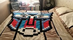 Crochet Transformers - Optimus Prime Blanket by hanna g. - Pattern: https://www.pinterest.com/pin/374291419001013413/