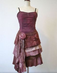 Robe bretelles rose à volants multiples
