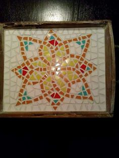 Dienblad Mosaic Tray, Mosaic Crafts, Mosaic Ideas, Mosaics, Trays, Mad, Classroom, Home Decor, Mosaic Artwork