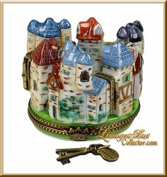 4-Hinged Fortified Medieval Village Limoges box by Beauchamp Limoges www.LimogesBoxCollector.com