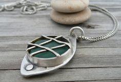 …looks like a porthole? cute!