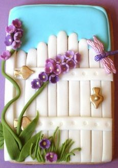 Garden gate cookie - For all your cake decorating supplies, please visit craftcompany.co.uk