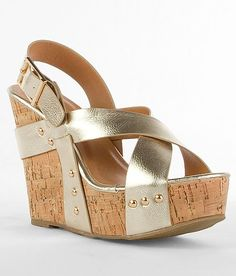 'Wanted Colada Sandal'  #buckle  Must. Have. These!!!