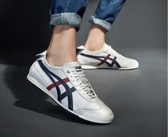 Onitsuka Tiger Women Outfit, Onitsuka Tiger Mens, Onitsuka Tiger Mexico 66, Asics Shoes, Men's Shoes, Shoe Boots, Sneakers Fashion, Fashion Shoes, Mens Fashion