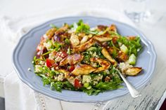 This salad is perfect to serve for lunch or dinner as it is packed with protein and goodies, to help you feel satisfied and full! It also makes great leftovers to take to work or school the next day.   Ingredients (serves 1): 100g raw chicken breast 45g quinoa 1 medium tomato, chopped 1 spring onion, sliced ½ medium cucumber, sliced 30g walnuts 1 handful rocket leaves ¼ fresh mint, chopped   Dressing 1 tbsp fresh lime juice ½ tbsp fresh orange juice ½ tbsp olive oil 1 tsp honey 1 tsp…