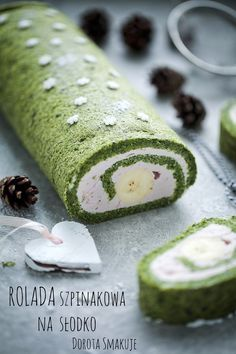 Sweet Desserts, Delicious Desserts, Yummy Food, Sweets Recipes, Cake Recipes, Cooking Recipes, Swiss Roll Cakes, Romanian Food, Polish Recipes