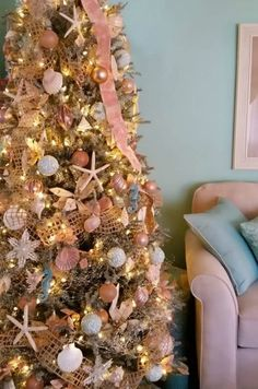 Coastal Christmas Trees from Completely Coastal Readers (2015): http://www.completely-coastal.com/2015/12/coastal-christmas-trees-reader-submissions.html