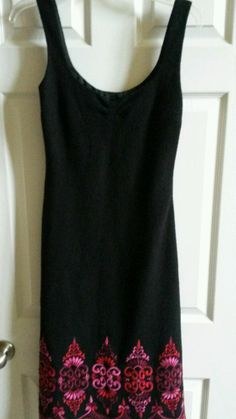 $39.99 Beautiful NANETTE LEPORE BLACK WOOL  BLEND PINK RED Embroidered Hem DRESS Size 6