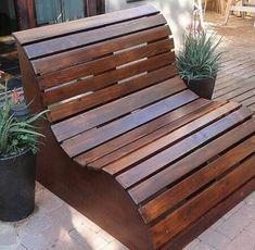 DIY making a wooden garden bench DIY fabriquer un banc de jardin en bois DIY making a wooden garden bench Woodworking Projects Diy, Diy Wood Projects, Outdoor Projects, Woodworking Plans, Woodworking Furniture, Popular Woodworking, Woodworking Machinery, Woodworking Apron, Woodworking Classes