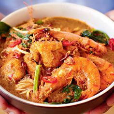 Everybody loves a prawn curry but this recipe from Amazing Malaysian is really special. This curry is creamy, delicious with spice and packed with plump prawns and tofu.