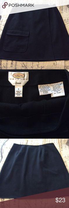 Talbots Black Wrap Skirt Size 6 Petite Pocket on the right front. Size 6 Petite. Black Talbots Skirts