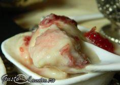 Rhubarb ice cream