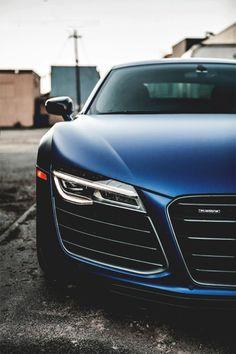 Autos & Vehicles ™©