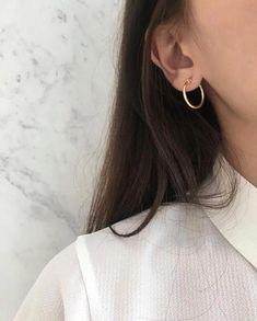 Thin Hoop Earrings, Circle Earrings, Crystal Earrings, Silver Earrings, Silver Jewelry, Fine Jewelry, Diamond Earrings, Jewellery Box, Jewellery Earrings