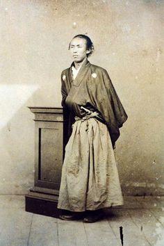 Sakamoto Ryoma (Provided by the Kochi prefectural Sakamoto Ryoma Memorial Museum)