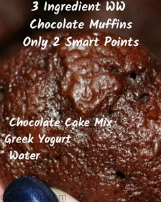 Low calorie recipes 103301385190760146 - This easy 3 Ingredient Chocolate Weight Watchers Muffins Recipe is a perfect small treat! Satisfy your chocolate craving with a low Smartpoint muffin. Source by CookEatGo Muffins Weight Watchers, Dessert Weight Watchers, Plats Weight Watchers, Weight Watchers Meal Plans, Weight Watchers Smart Points, Weight Watchers Diet, Ww Recipes, Low Calorie Recipes, Muffin Recipes