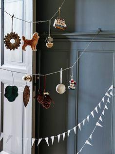 Christmas Home Decor Inspiration Christmas Mood, Noel Christmas, Little Christmas, Vintage Christmas, Christmas Aesthetic, Scandinavian Christmas, Xmas Decorations, Christmas Inspiration, Merry