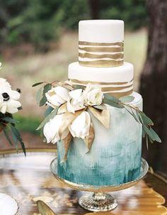 Gold and Dusty Blue Wedding Cake! www.deplanv.com